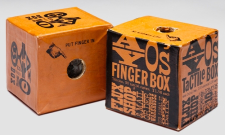 maciunas_finger_box.jpg