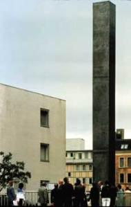 Monument-contre1