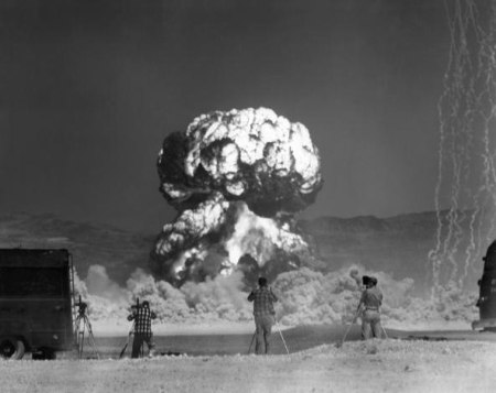 howto-photograph-atomic-bomb.w654